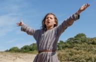 Песня и танец. «Жаннетта: Детство Жанны д'Арк», режиссер Брюно Дюмон